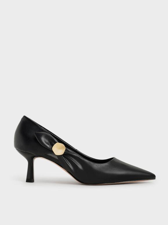 Sepatu Embellished Pointed Toe Pumps, Black, hi-res