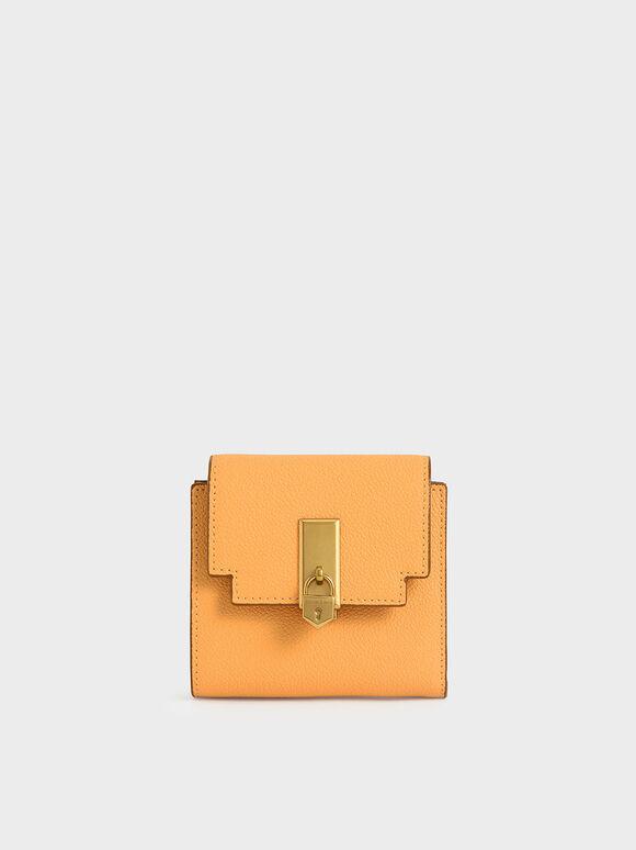 Dompet Kecil Metallic Push-Lock, Mustard, hi-res