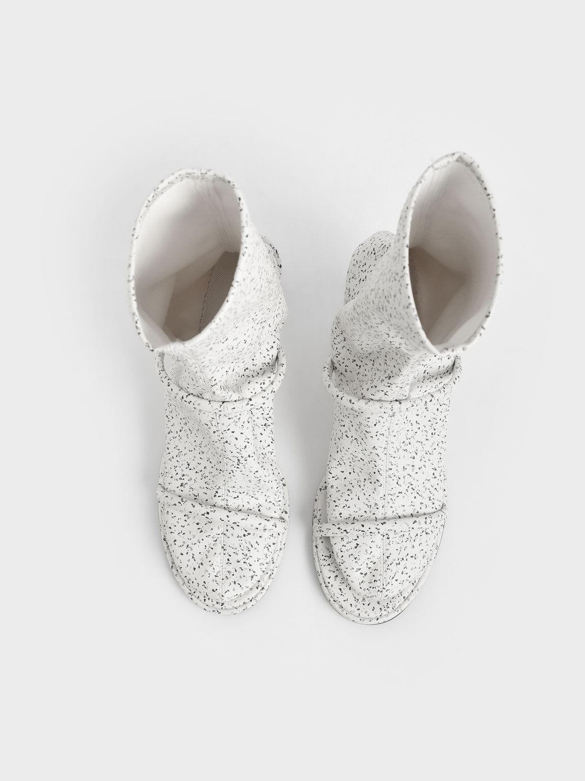 Sepatu Calf Boots Lucile Printed Stiletto, Multi, hi-res
