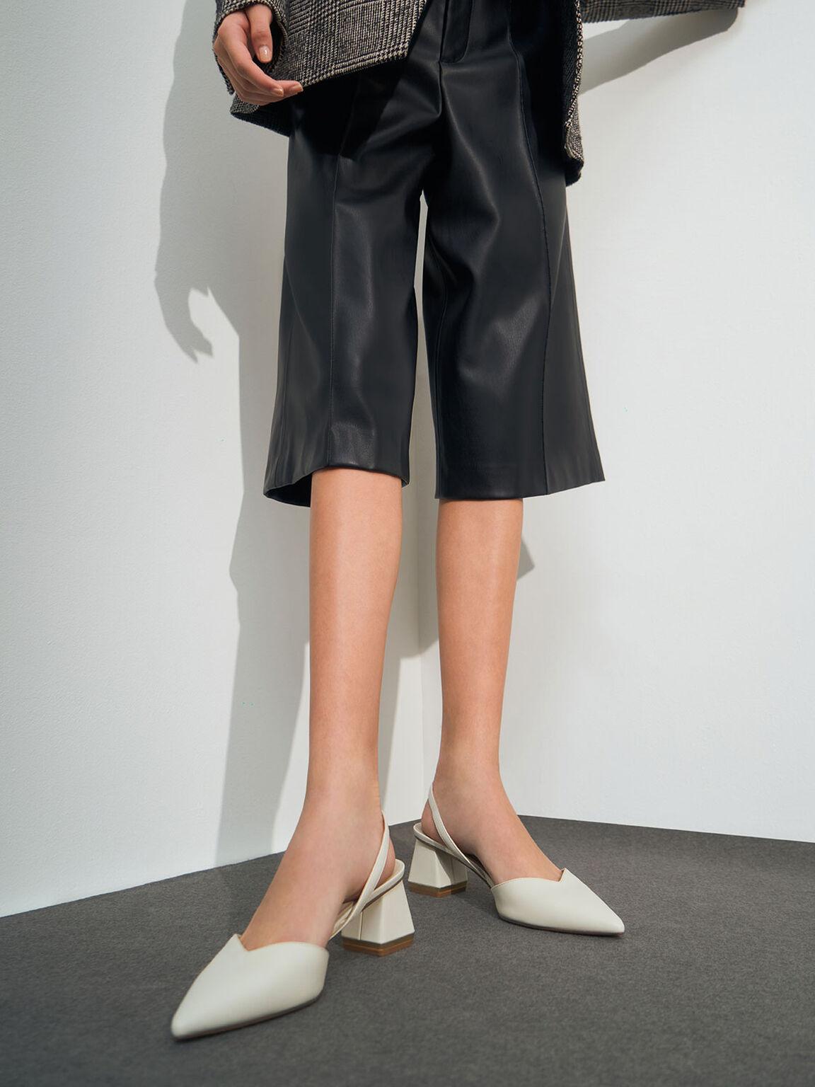 Sepatu Trapeze Heel Slingback Pumps, Chalk, hi-res